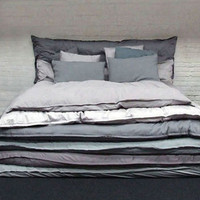 Make the Bed: Simple Stacked Comforters for Lazy Sleepers | Designs & Ideas on Dornob