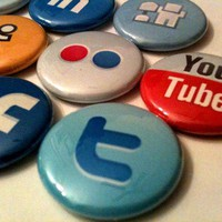 SOCIAL MEDIA a pinback button set by SkippyDogDesigns on Etsy