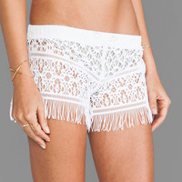 Bettinis Crochet Fringed Shorts in White Wash