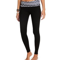 BlackWhite Chevron Yoga Pants