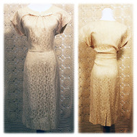 Early 1950s Ivory Lace Cocktail Dress / Cream Lace Wiggle Dress / Rockabilly Wedding