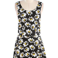Alisa Daisy Dress