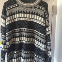 oversize navajo sweater // geometric pattern // cosby sweater