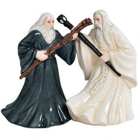 The Lord of the Rings Gandalf and Saruman Salt and Pepper Shaker Set | WBshop.com | Warner Bros.