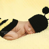 NEWBORN Baby Bumble Bee Hat &amp; Tushie Topper Set by EternallyHooked