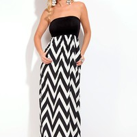 BLACK WHITE STRAPLESS CHEVRON PRINT LONG MAXI DRESS