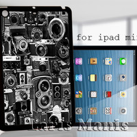 vintage camera college - desain case for iPad mini