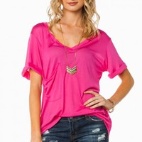 SHULA POCKET TEE IN HOT PINK
