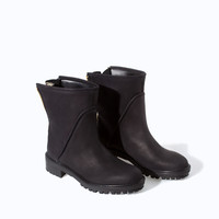 ZIP-UP LEATHER BIKER ANKLE BOOT