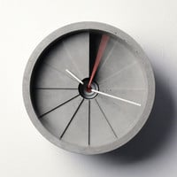 MollaSpace - 4th Dimension Concrete Clock