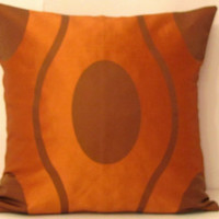 Oval curve pillow cover – Orange bronze silk taffeta 18x18