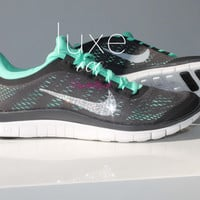 NIKE run free 3.0 V5 running shoes w/Swarovski Crystals detail - Dark Charcoal/Green Glow/Summit White