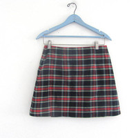 vintage 80s plaid kilt mini skirt. revival skirt. women's wrap skirt size 9 M