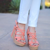 Closet Candy Boutique · A Walk In The Clouds Wedges - Peach