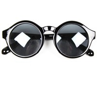Elegant Black Round Sunglasses