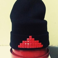 |Red Pyrvmid| Beanie (front only design)