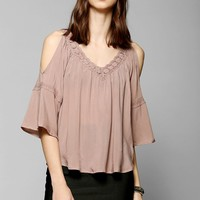Staring At Stars Crochet Cold Shoulder Blouse - Urban Outfitters