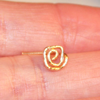 Poppy Flower Nose Stud, Poppy tragus cartilage Stud Tiny Gold Nose Ring Tiny Circle Nose Ring Open Circle Nose Jewelry