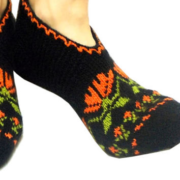 Knitted slippers, Adult Slippers, Cozy slippers, Ethnic slippers, Authentic Slippers, Knit Socks, House socks, Handmade, Floral slipper