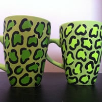 Set of 2 leopard print coffee cups
