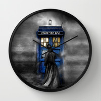 Tardis doctor who lost in the Mist Decorative Circle Wall Clock Watch by Three Second