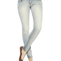 White Wash Skinny Jean | Wet Seal