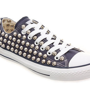 Studded Converse, Converse low top with Silver Conical studs CUSTOMDUO
