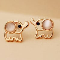 Stud earrings E1201-1