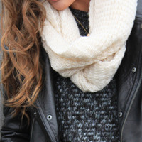sirenlondon — Soft Vanilla Snood