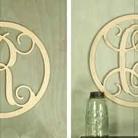 "19"" Single Initial Circle Vine Monogram"