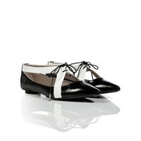 Marc Jacobs - Black/White Patent Leather Lace-Up Flats