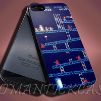 Game Doctor Who And Tardis - iPhone 4/4s/5c/5s/5 Case - Samsung Galaxy S3/S4 Case - Black or White
