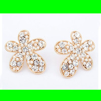 Pearl & Rhinestone Fashion Flower Earrings