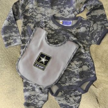 #2720 3pc Army ACU Camoflauge Baby Set: Army Logo Bib, Outfit,  Crawler 6-9 Months