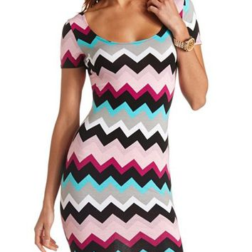 SHORT SLEEVE CHEVRON PRINT BODYCON DRESS