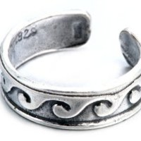 .925 Sterling Silver Beach Waves Design Toe Ring Adjustable Fit Includes Free Box and Gift Pouch.