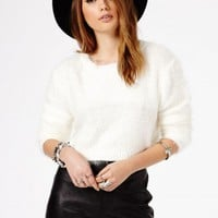 Missguided - Flafica Eyelash Knit Long Sleeve Cropped Jumper In Cream