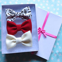 Music Notes, Cream, Red Bow Set