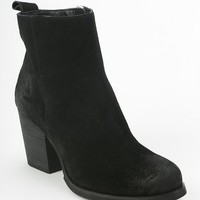 Ecote Get Lost Heeled Ankle Boot - Urban Outfitters