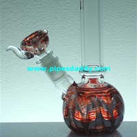 Triumph Glass Water Pipe - Red