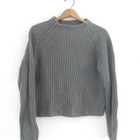 vintage sage green sweater. chunky knit sweater. size M