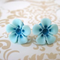 Sky Blue and Turquoise TwoToned Flower Earrings by MadebyLinLin