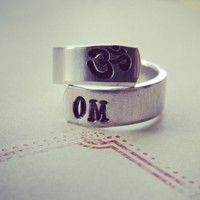 Om aluminum spiral style ring 1/4 inch