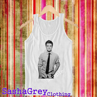 josh hutcherson White _ Tank Top Men's Size S - XXL Design By : sashagreystore