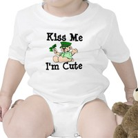 Happy St Patty Day Kiss me t-shirt