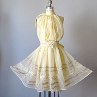 Dress / Pale yellow / Vintage lace / by AtelierSignature