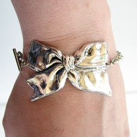 bow bracelet by friendlygesture on Etsy