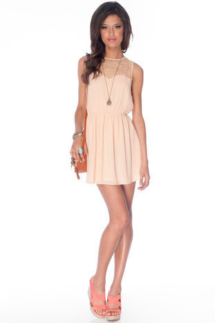 Kali Laced Dress in Nude :: tobi