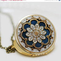 ON SALE Locket,blue locket,filigree locket ,resin locket,Bridal Necklace ,bridesmaid gift ,Wedding Necklace,Something Blue,Vintage Locket