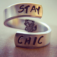 Stay chic spiral ring fox inside